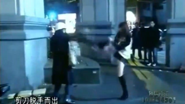 Caught on Camera: Girl in Hot Pants Disarms Suicidal Scissor-Brandishing Woman with Taekwondo Kick