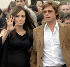 Ooh La La! Angelina & Brad En France