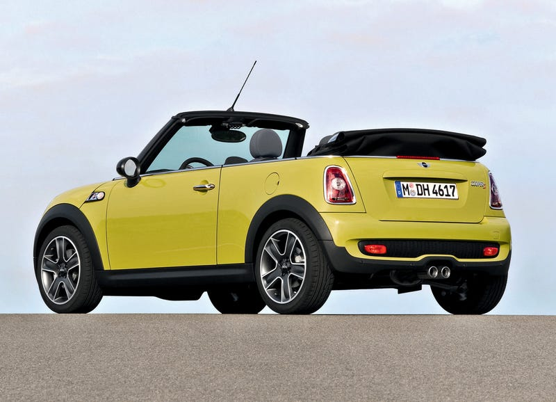 2009 MINI Cooper, Cooper S Convertible Officially Reveal Whopping Price Jump