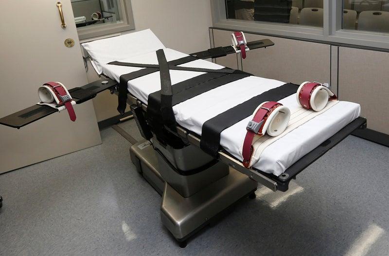 Grand Jury Says Governor's Lawyer Urged Use of Wrong Execution Drug