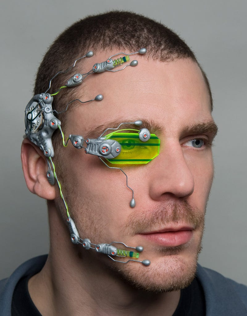 "I Could Swear Valve's ""Eye Guy"" Is Now Etsy's ""Crazy Augmented Reality Headgear Guy"""
