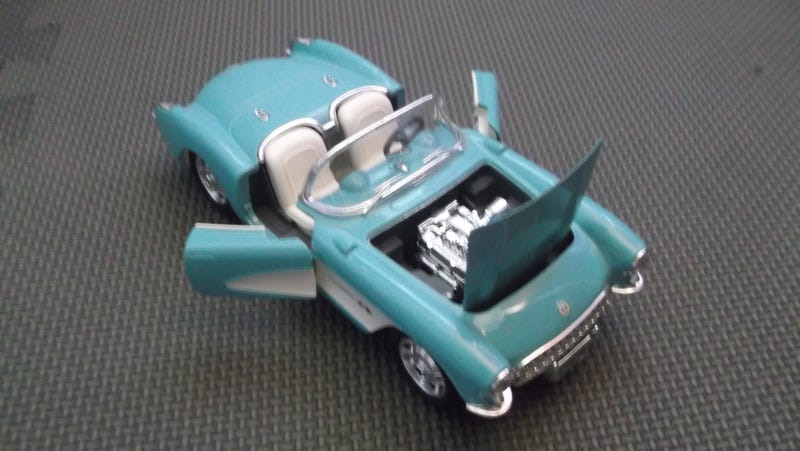 [REVIEW] Bburago 1957 Chevrolet Corvette 1:24