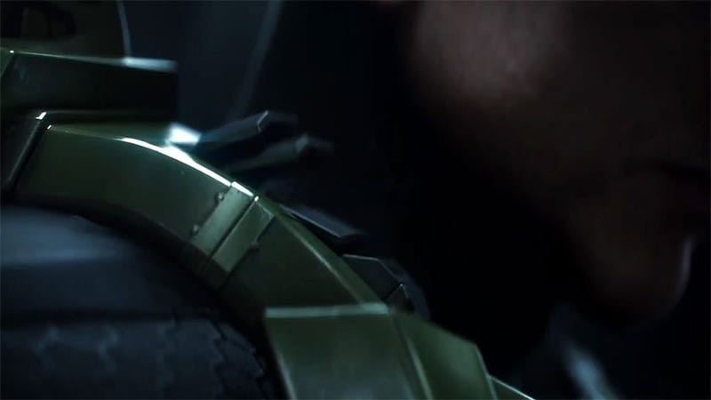 There's Five Spots We Get THIS Close to Seeing Master Chief's Face in the New Halo 4 Trailer