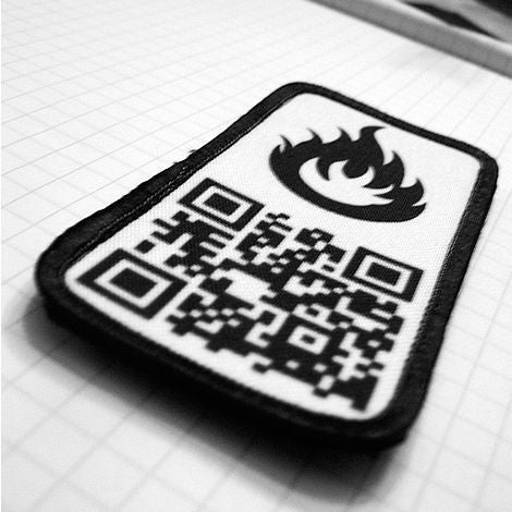 QR Code Jacket Patches Take Strangers On the Street to Your Blog, Stat!