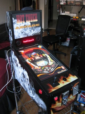 DIY Touchscreen Pinball Machine is Nice, but Why Does it Exist?