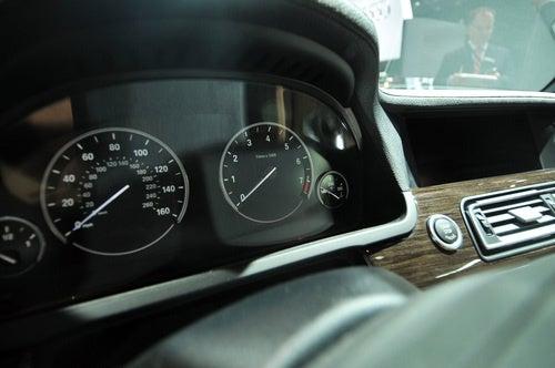 Gallery: 2010 BMW 740i