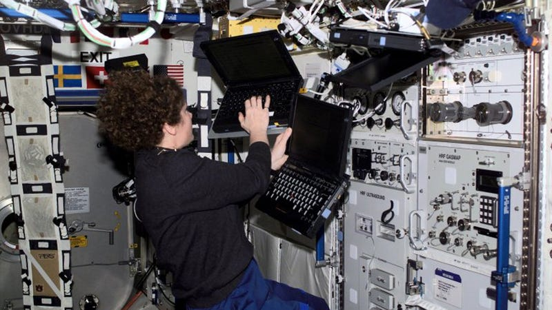 Happy 20th to the ThinkPad: The First Laptop in Space
