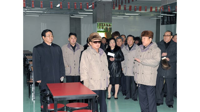 These Are the Last Photos of Kim Jong-Il Looking At Things