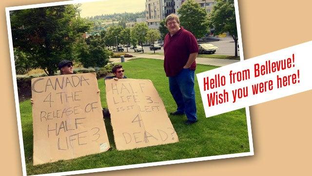 Fan Pleas for Half-Life 3 Enter Negotiating-via-Cardboard Phase