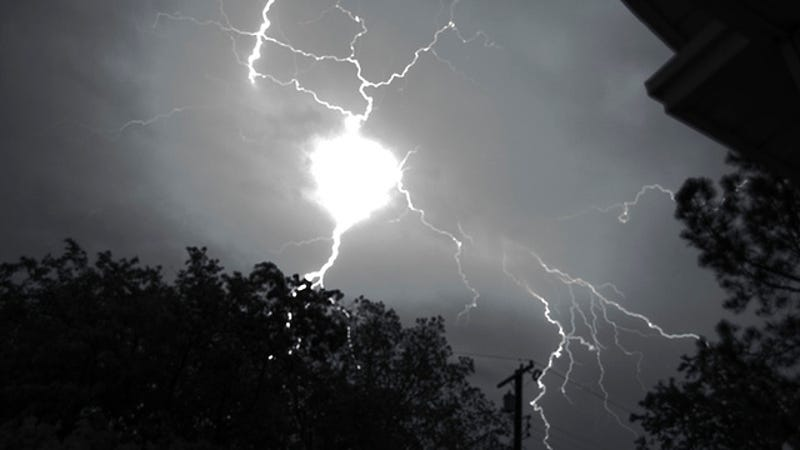 Scientists Observe Ball Lightning In Nature For The First Time Ever