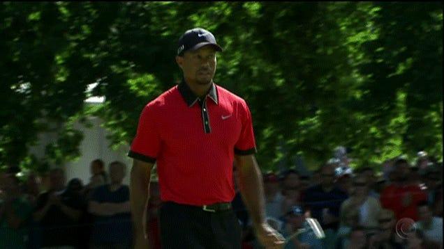 Tiger Woods Finds First Sunday Birdie Finger-Licking Good