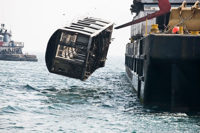 The Spectacular Sight of Subway Cars Being Dumped Into the Ocean