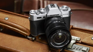Fujifilm X-T10: A Smaller and Simpler Version of the Lauded X-T1