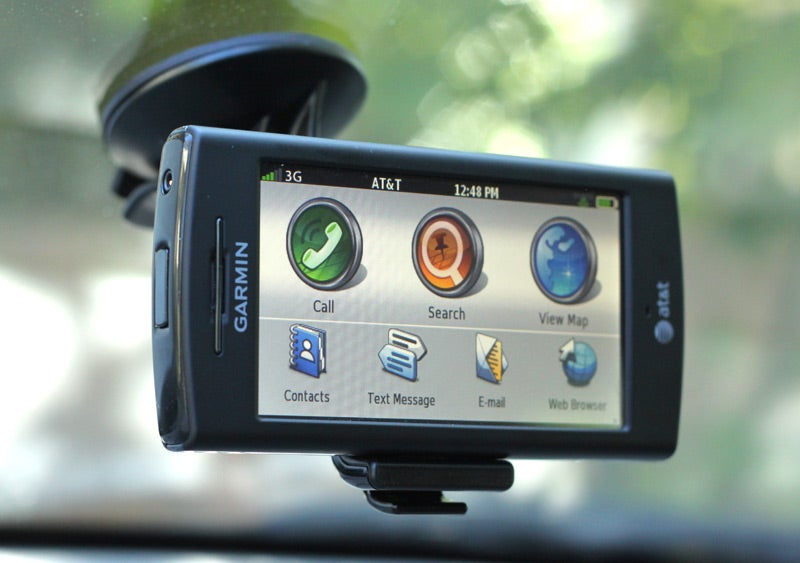 Garmin Nuvifone G60 GPS Phone Review: Do Not Buy