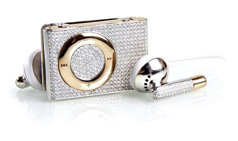 Diamond-Encrusted iPod shuffle Takes 'Fool and His Money' Prize