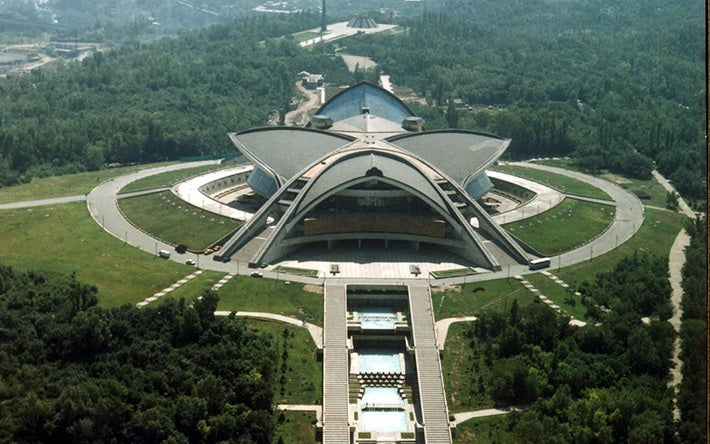 Five crazy buildings that were actually made by Russians, not aliens