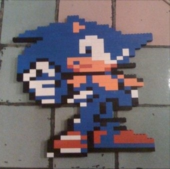 How To Make A Pixel Sonic Out of LEGO (And Bond With Your Kids)