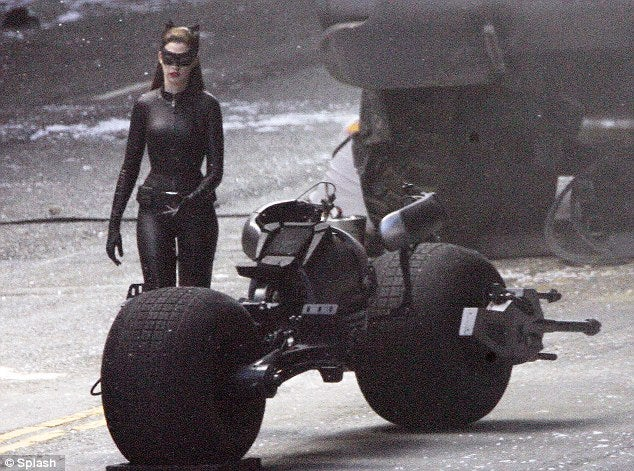 Dark Knight Rises Gallery (HuffPost, Daily Mail, Splash News, Blog)