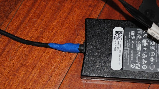 Use Sugru to Fix an Exposed Laptop Power Cord