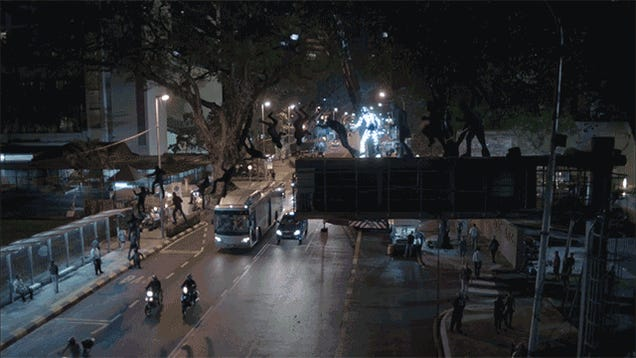 Stuntmen in LED Suits Made This Impossible Parkour Run a Reality