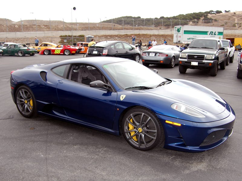 How Jalopnik Helped Me Choose A Ferrari For A Track Day
