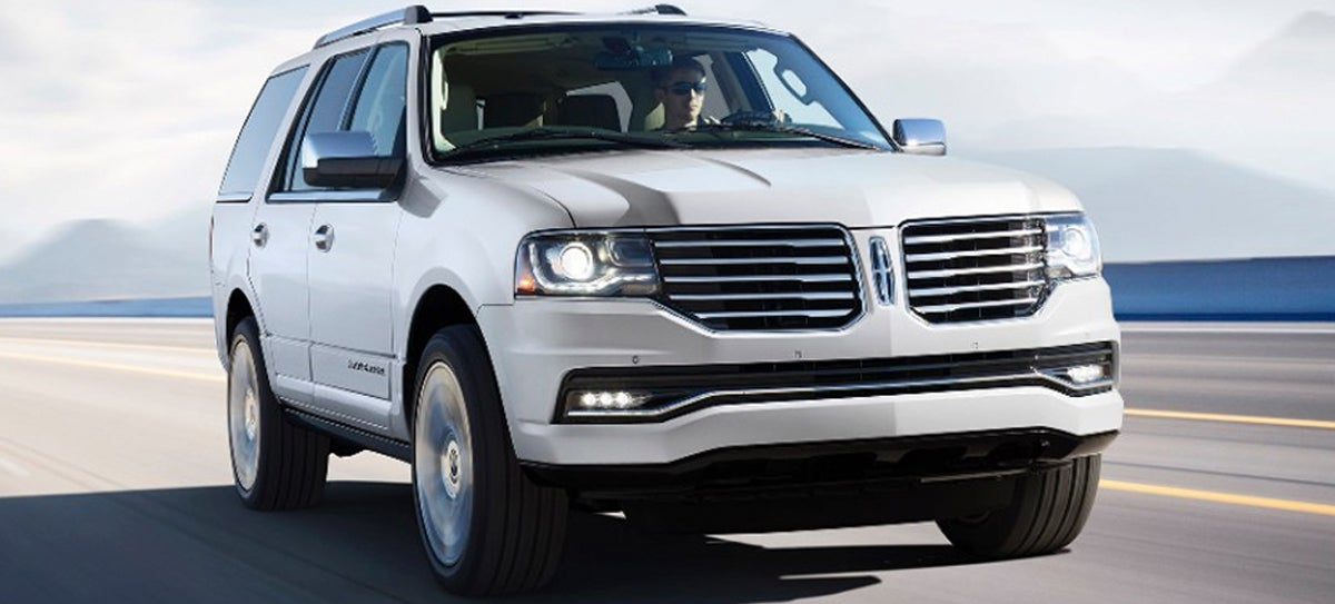 2015 Lincoln Navigator Undercuts Escalade By $10k, Drops V8 Altogether