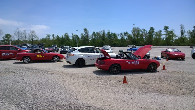 Past Sunday autocross action in the Miata!!