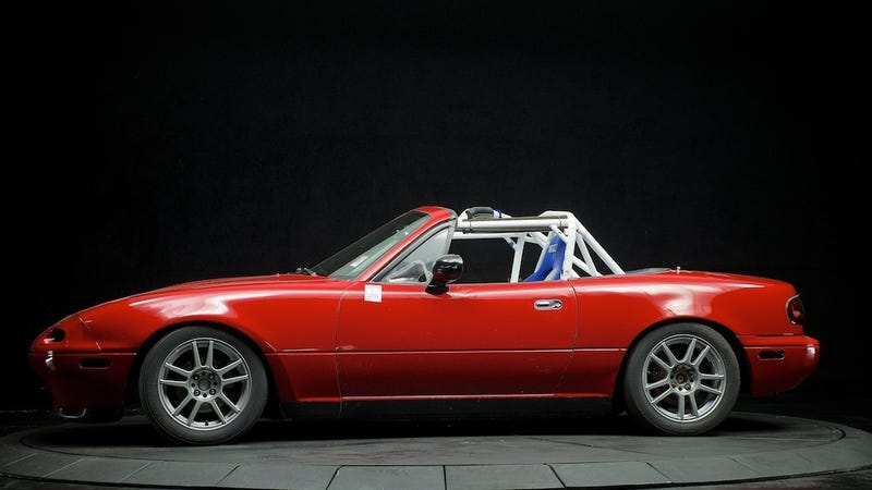 Beautiful Photos Of A Bashed Up MX-5 Racer On Ebay