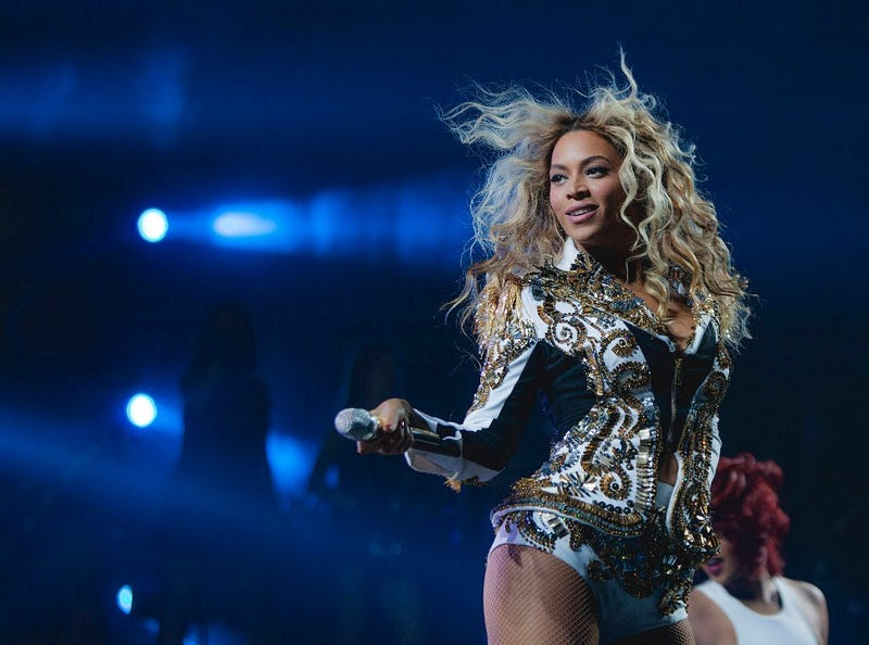 Beyoncé's Feminist Essay Validates Your Love For Her