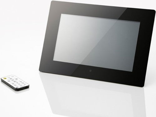 Onkyo Digital Picture Frame Has HDMI Port For Secondary Monitor Usage