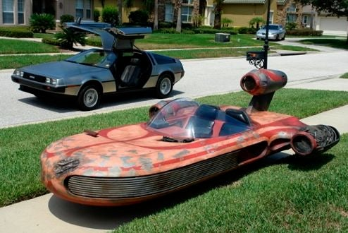 Man Builds Drivable Replica Of Luke Skywalker's X-34 Landspeeder
