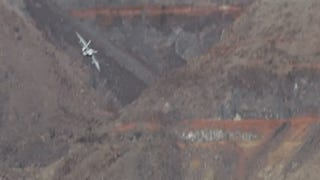 Two Lucky Guys Happen To Spot F-18s Buzzing Death Valley