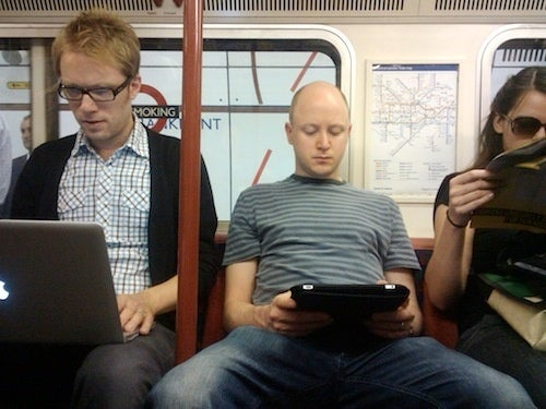 Murdoch Scraps Digital Newspaper Tablet Project