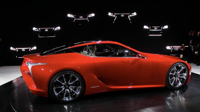 Lexus Plans LF-LC, Mercedes Nabs Federer, And GM Workers Stitch Up Their Faces