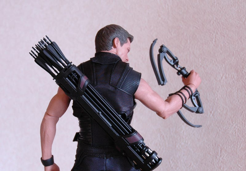 This Hawkeye Figure Aims for the Bull's-Eye