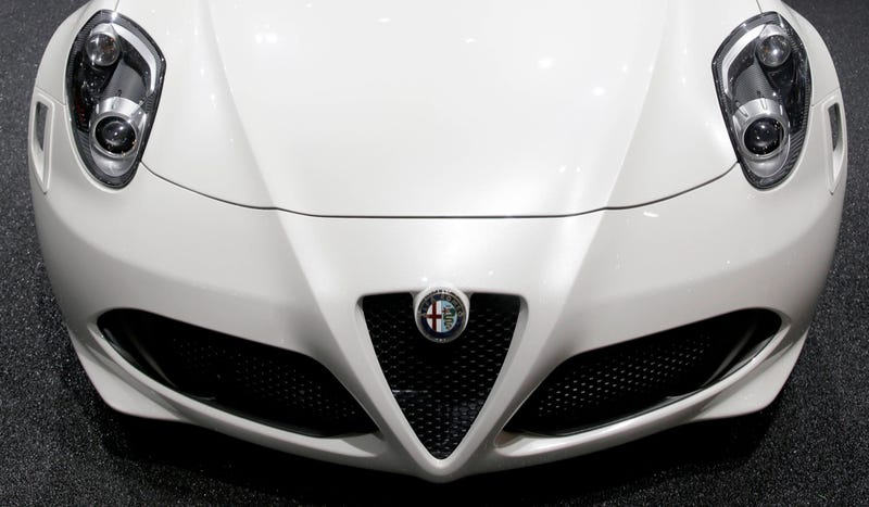 As U.S. Dealers Line Up, Alfa Romeo Could Become Standalone Company