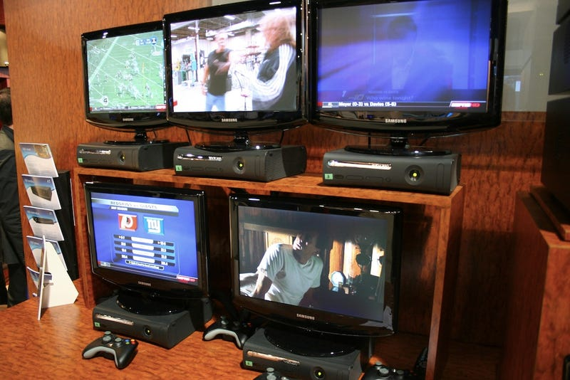 Lifeware's LMS-810 Media Center PC Can Drive Ten TVs at Once