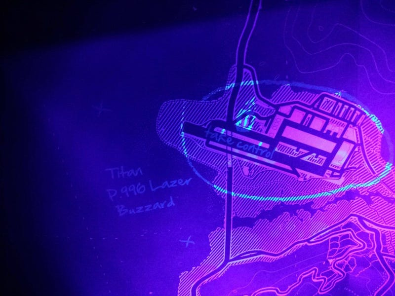 Official GTA 5 Map Shows UFO Crash Sites Easter Egg Under Blacklight!