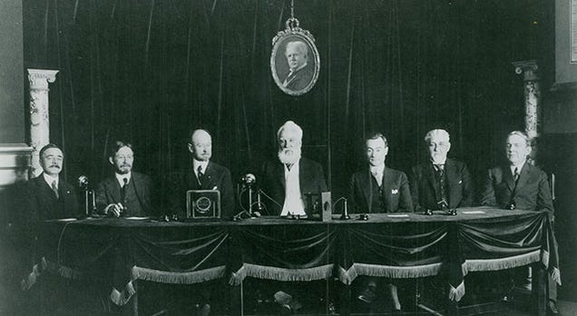 AT&T Made the First Transcontinental Phone Call 100 Years Ago Today