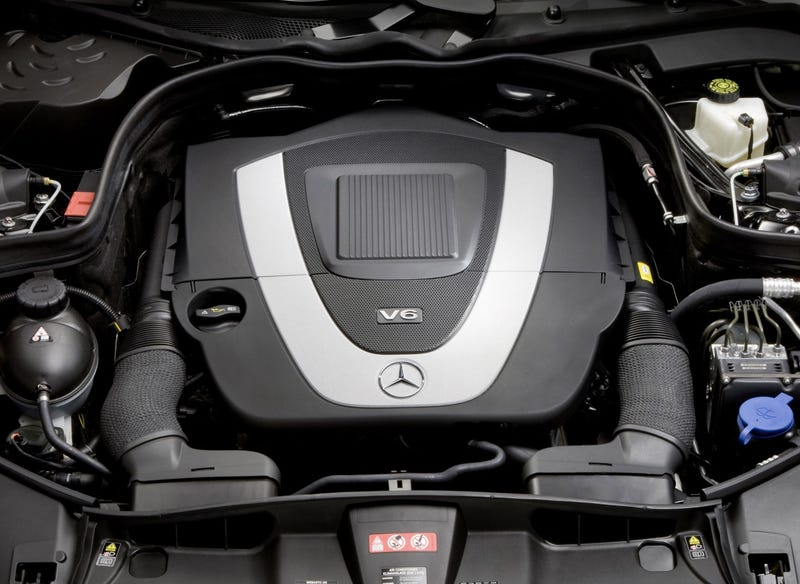 2010 Mercedes E-Class Coupe: Sexy Engine Mega-Gallery