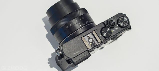 Panasonic GM5: The Smallest System Camera Around