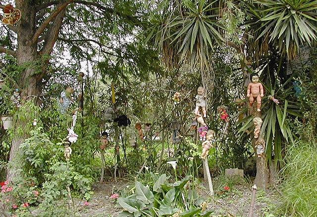 Take a tour through Mexico's island of creepy, mutilated dolls