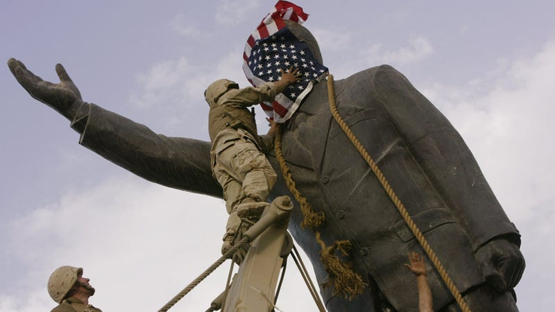 Marine Refuses to Lend Military the American Flag That Covered Saddam's Statue