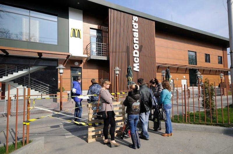McDonald's Shuts Down in Crimea, Offers Workers Jobs in Ukraine