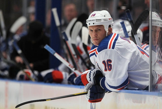 Did Sean Avery Spit On His Minor League Hockey Coach?