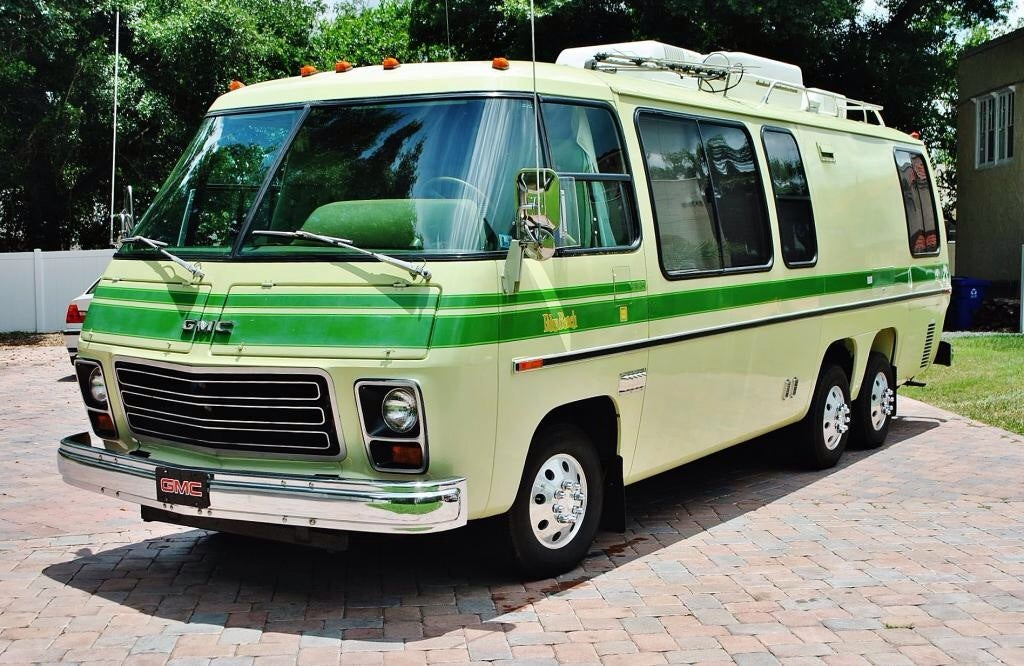 Cinnabar gmc motorhome for sale autos post for Gmc motor homes for sale