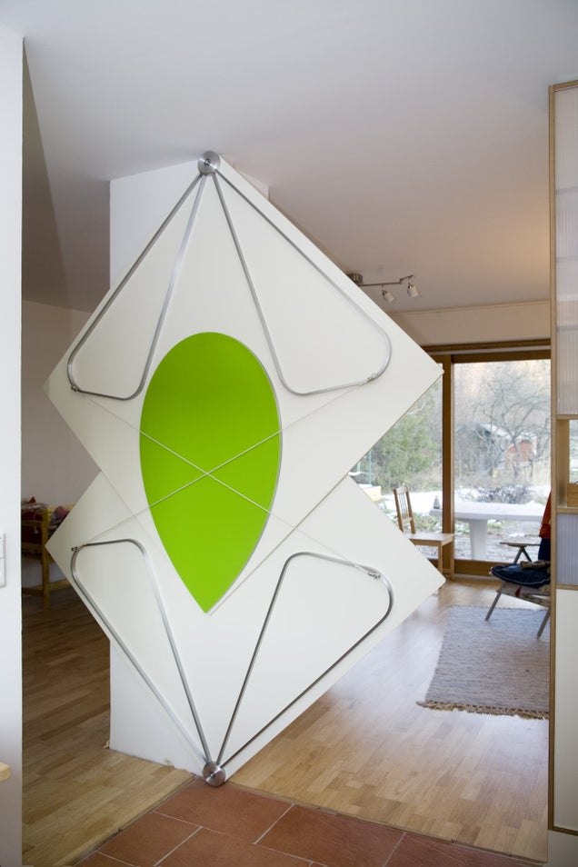 Triangle Folding Doors : How these magical gravity defying doors actually work