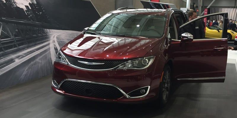 NEIAS - The New England International Auto Show