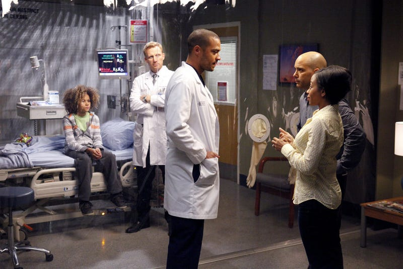 Bubble Boys and Bionic Buttholes, on Grey's Anatomy