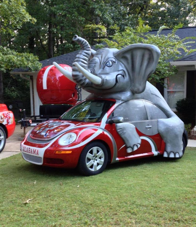 'Bama Fans Made An Elephant-Float Out Of A Volkswagen